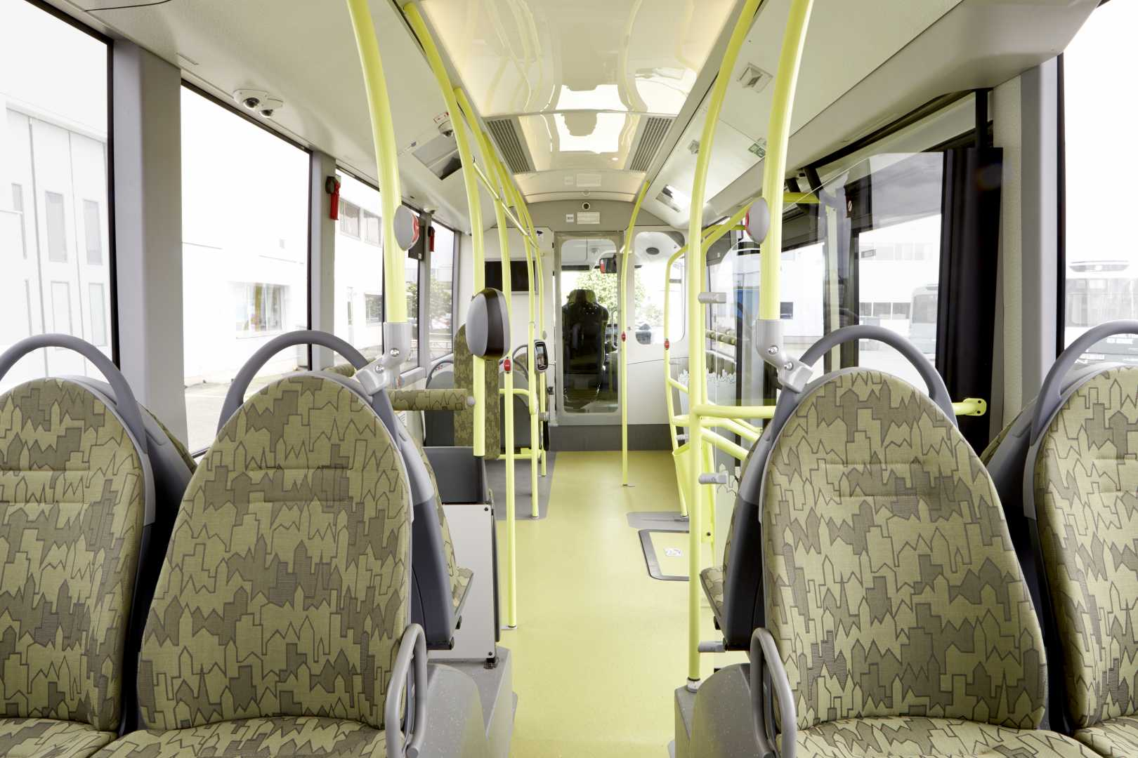 volvo_electric_bus_interior5.jpg